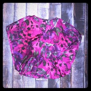 🌺LIKE NEW! EXPRESS SZ S floral batwing blouse🌺